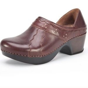 Dansko Hailey Clogs Size 41
